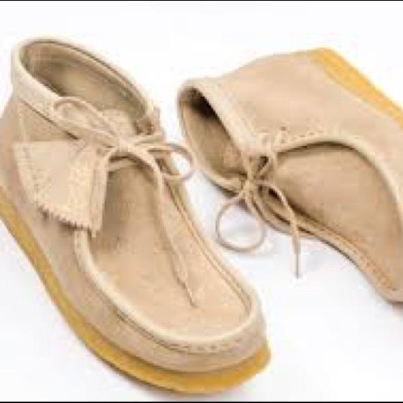 b797a5d99b06 Kids OVO x Clarks Wallabee Boot